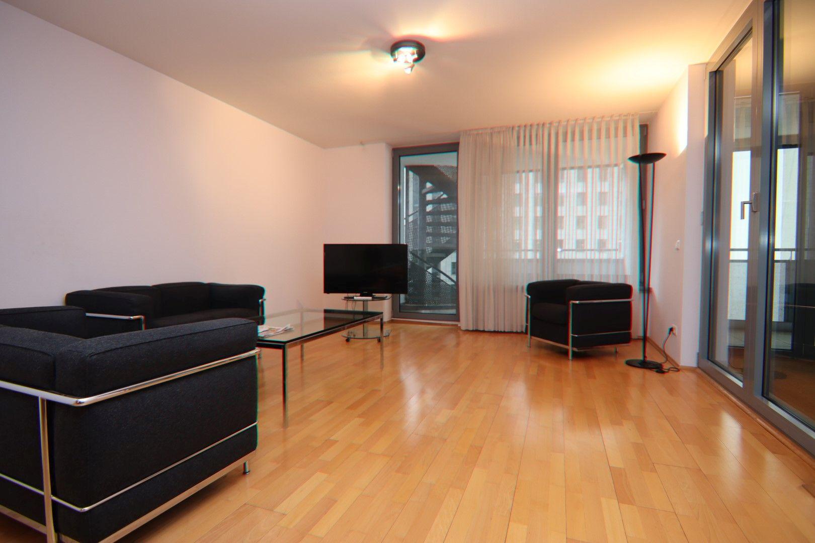 Immobilie Nr.0280 - 2-RAUM-WOHNUNG mit Wintergarten, Stellplatz und Einbauküche  - Bild main.jpg