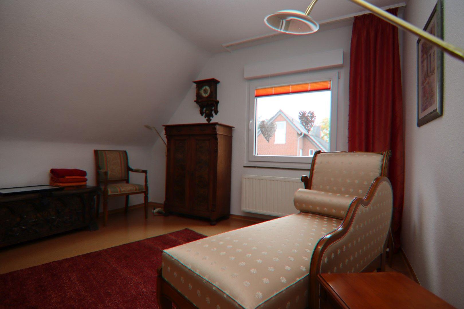 Immobilie Nr.0281 - Freistehendes EFH mit Vollkeller, Wintergarten u. Garage  - Bild 15.jpg