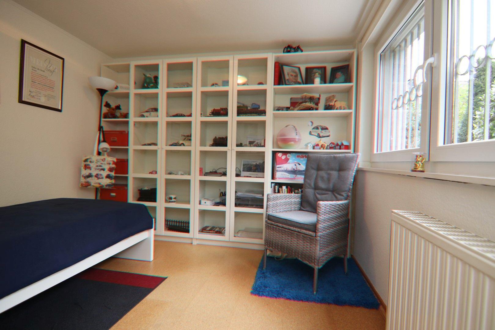 Immobilie Nr.0281 - Freistehendes EFH mit Vollkeller, Wintergarten u. Garage  - Bild 17.jpg