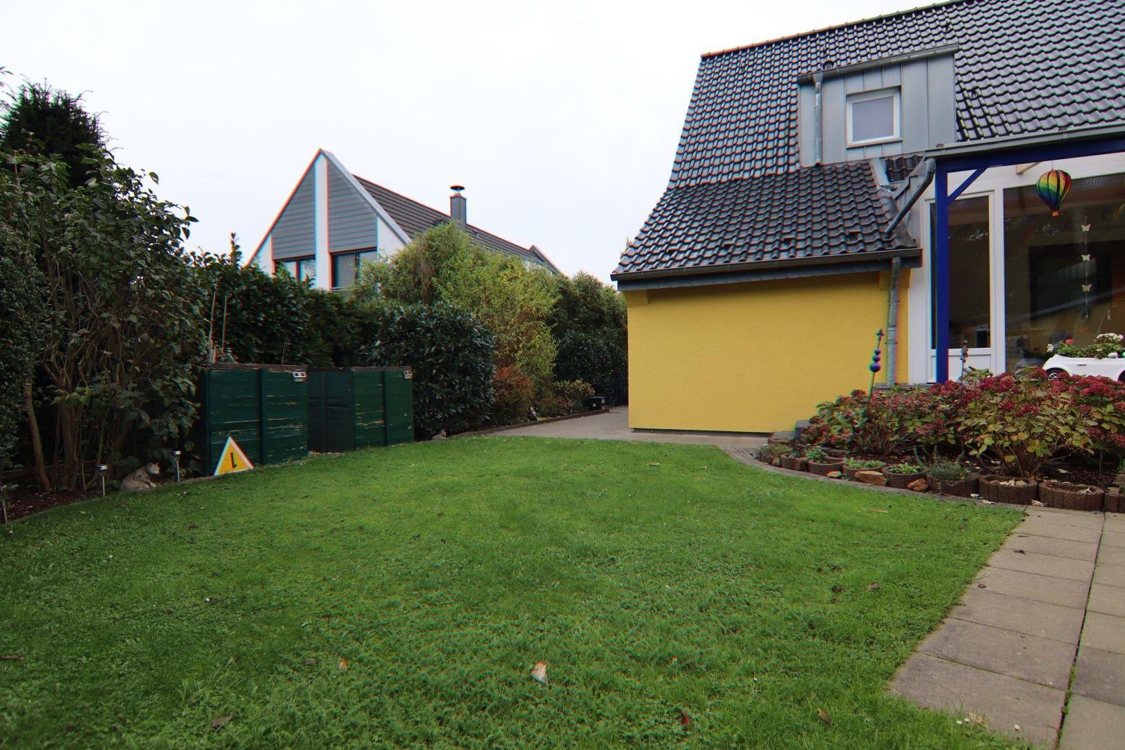 Immobilie Nr.0281 - Freistehendes EFH mit Vollkeller, Wintergarten u. Garage  - Bild 4.jpg