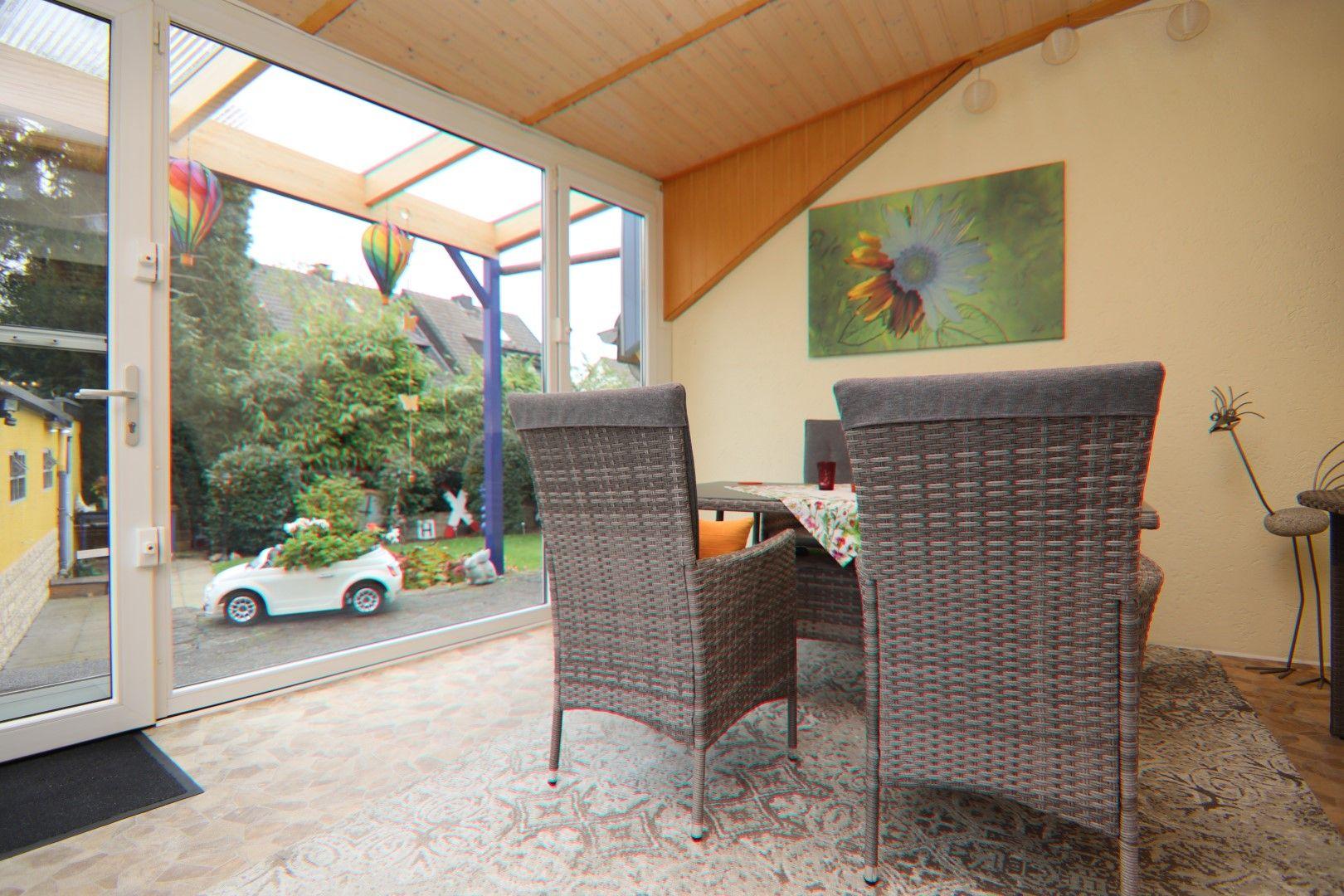 Immobilie Nr.0281 - Freistehendes EFH mit Vollkeller, Wintergarten u. Garage  - Bild 8.jpg