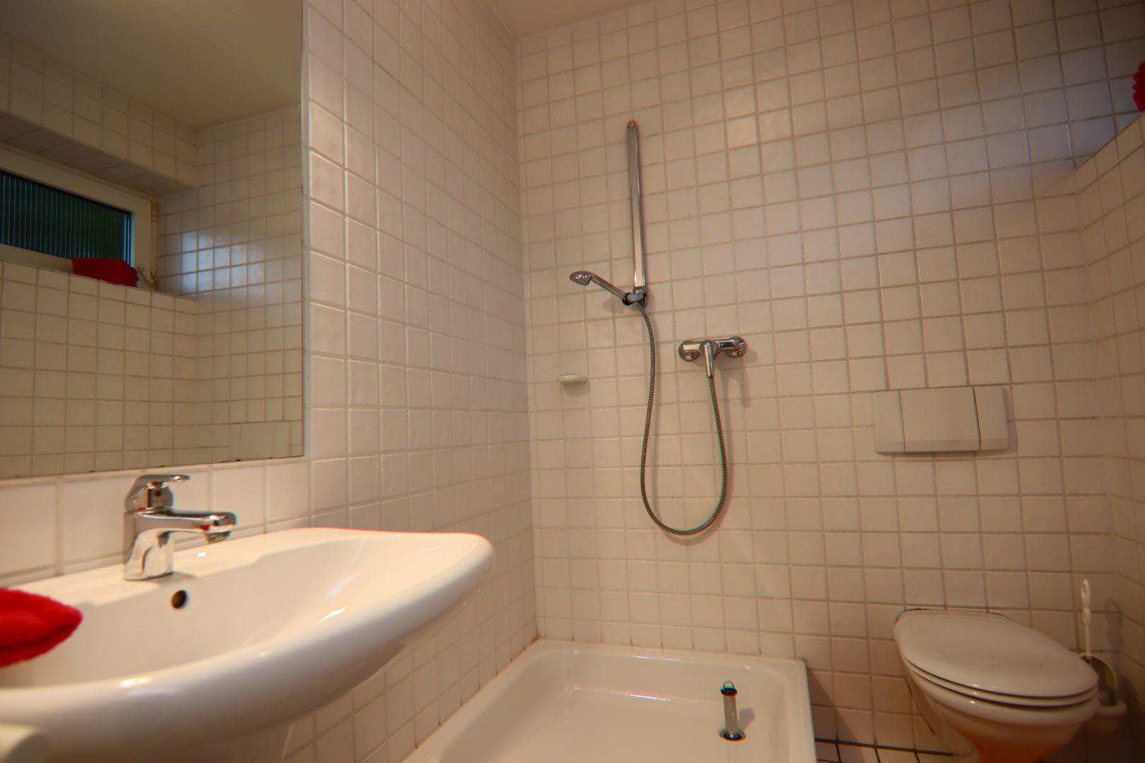Immobilie Nr.0284 - 3 Räume, Küche, Badezimmer, Stellplatz - Bild 8.jpg