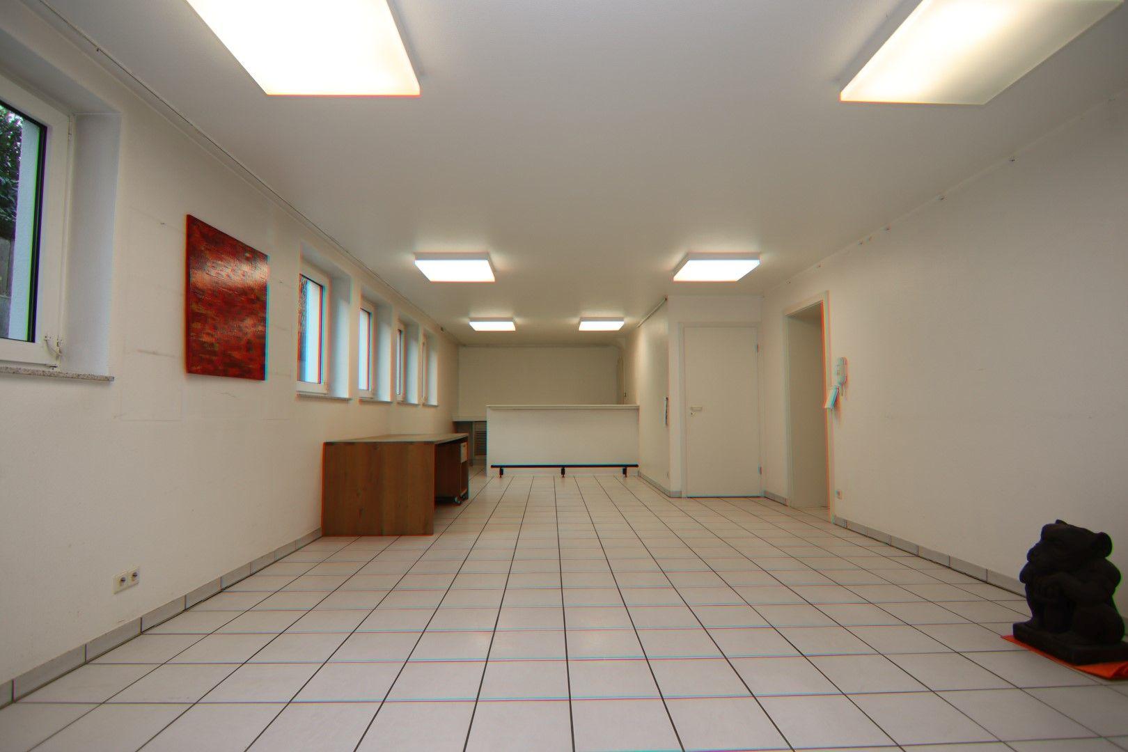 Immobilie Nr.0284 - 3 Räume, Küche, Badezimmer, Stellplatz - Bild 9.jpg