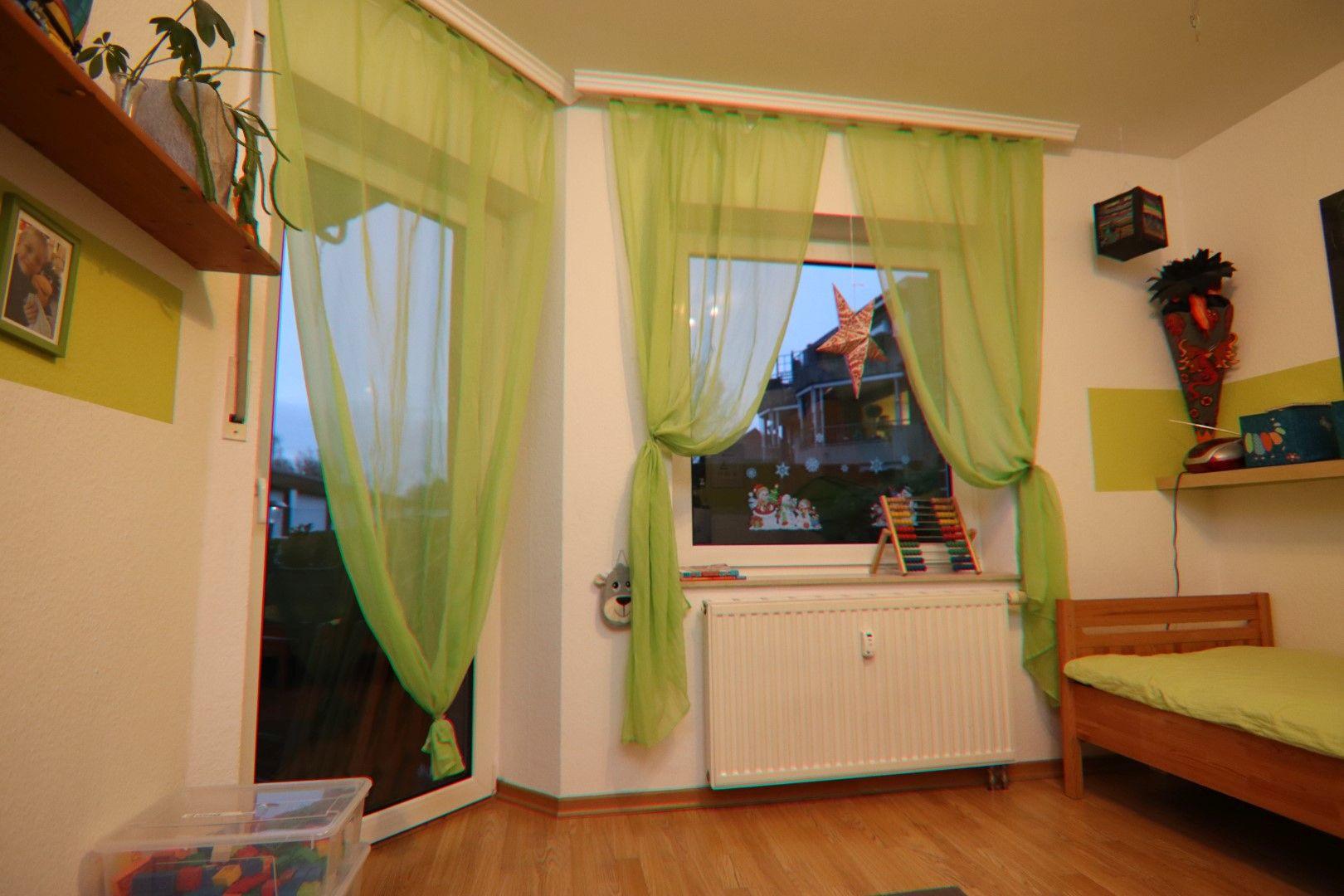 Immobilie Nr.0288 - 4 Zimmer EG-Wohnung mit 2 Bädern und 2 Balkonen - Bild 10.jpg