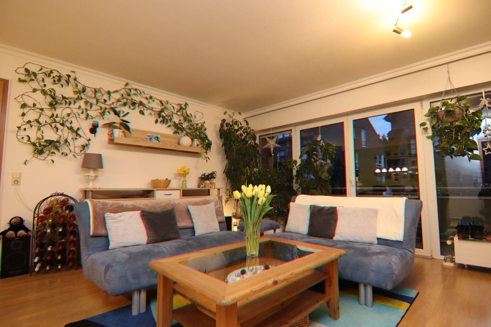 Immobilie Nr.0288 - 4 Zimmer EG-Wohnung mit 2 Bädern und 2 Balkonen - Bild 2.jpg