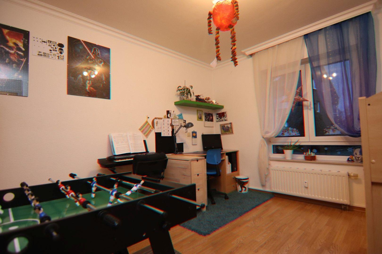 Immobilie Nr.0288 - 4 Zimmer EG-Wohnung mit 2 Bädern und 2 Balkonen - Bild 6.jpg