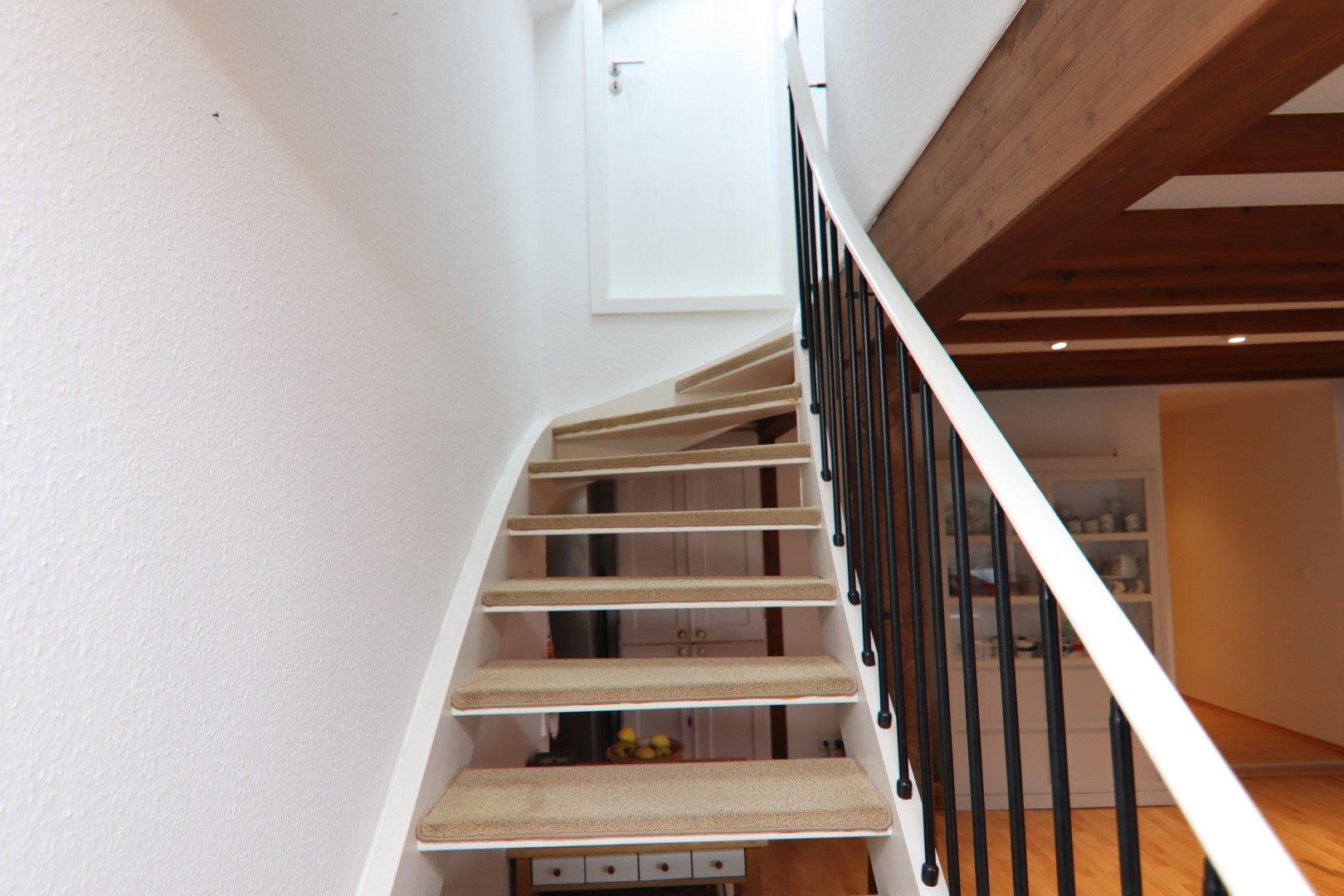 Immobilie Nr.0291 - 4-Raum-Wohnung, 2 Bäder mit Balkon u. Stpl. - Bild 10.jpg