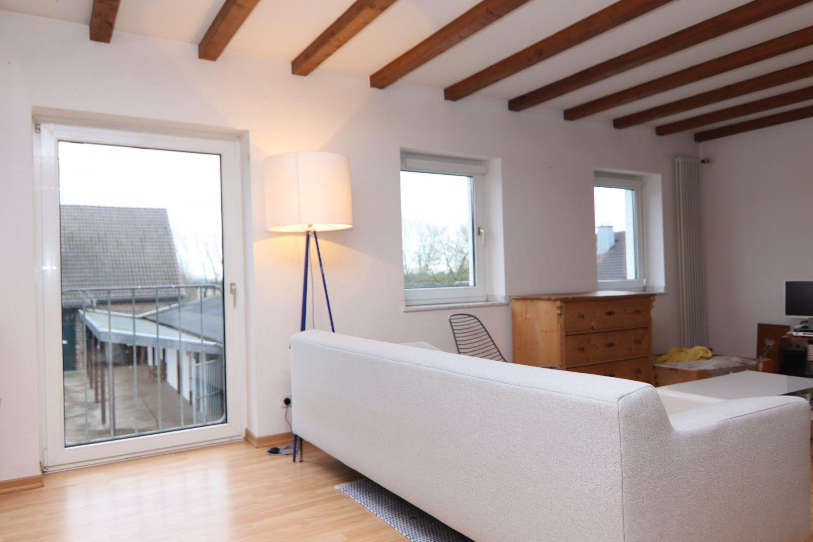 Immobilie Nr.0291 - 4-Raum-Wohnung, 2 Bäder mit Balkon u. Stpl. - Bild 4.jpg