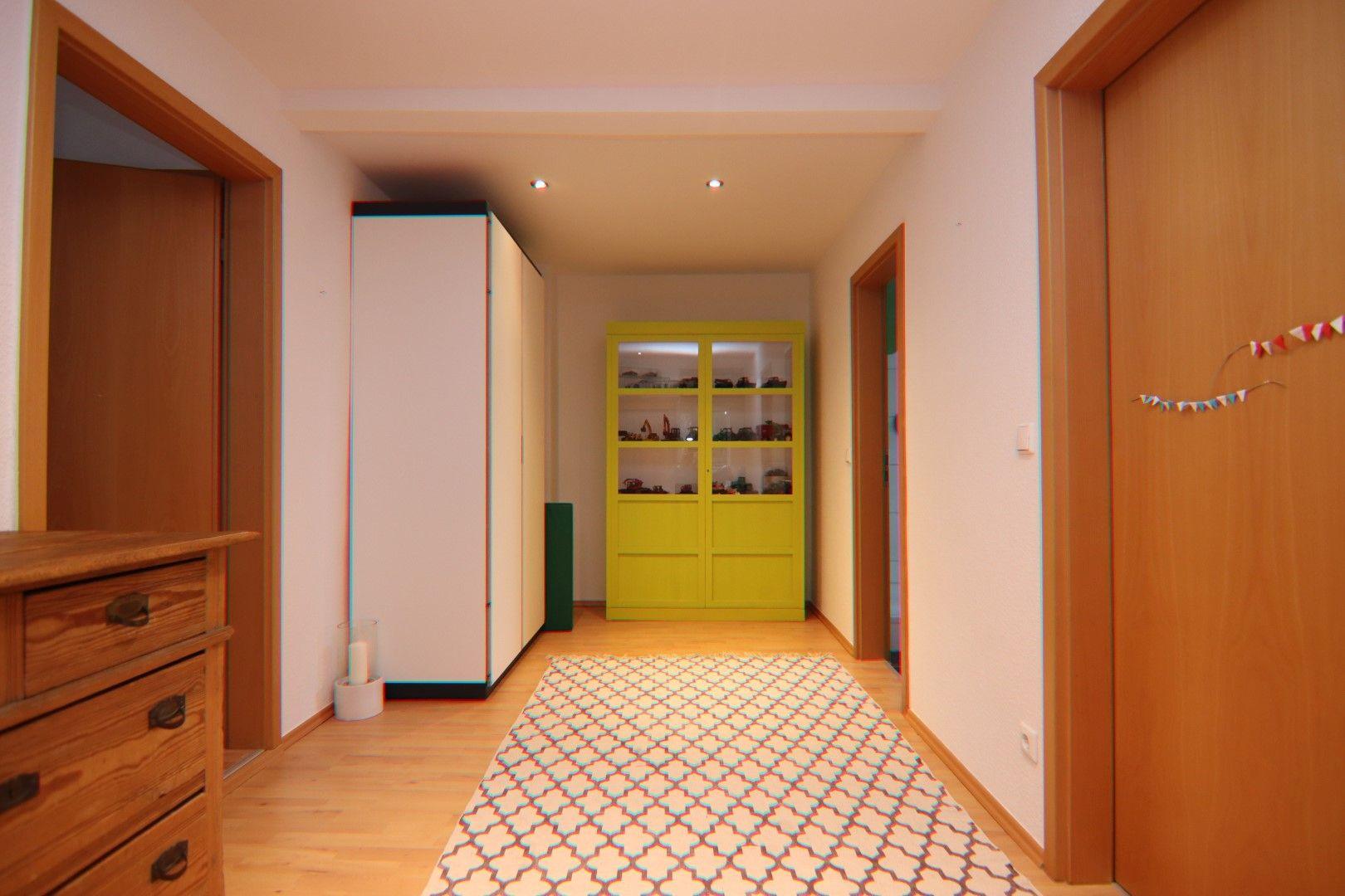 Immobilie Nr.0291 - 4-Raum-Wohnung, 2 Bäder mit Balkon u. Stpl. - Bild 7.jpg