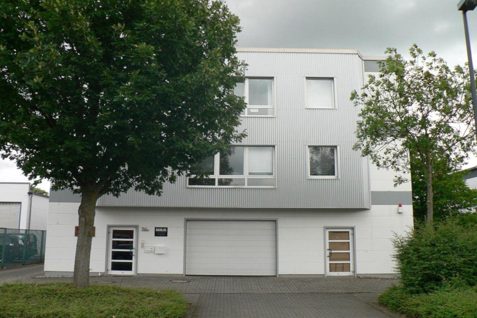 Immobilie Nr.0295 - Bürofläche mit WC-Anlage, Küche u. Aufzug - Bild main.jpg