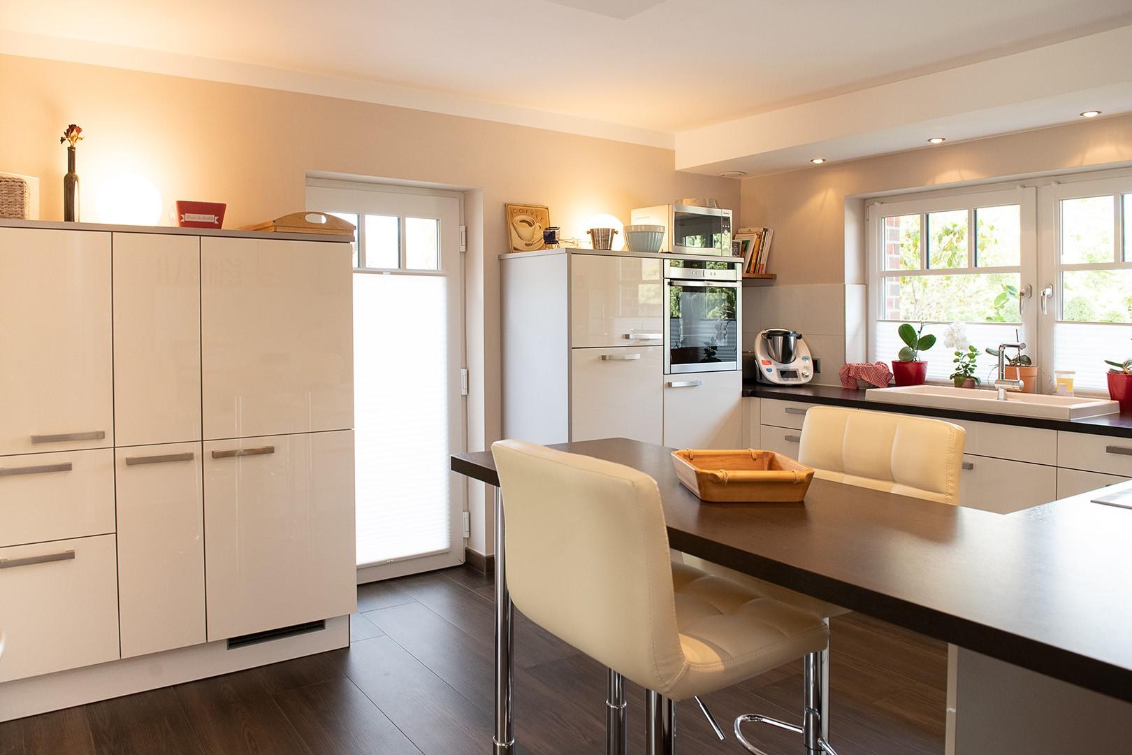 Immobilie Nr.312 - Einfamilienhaus mit Garten & Terrasse & Garage & Carport - Bild 10.jpg
