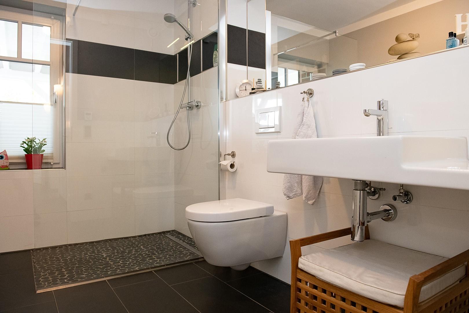 Immobilie Nr.312 - Einfamilienhaus mit Garten & Terrasse & Garage & Carport - Bild 12.jpg