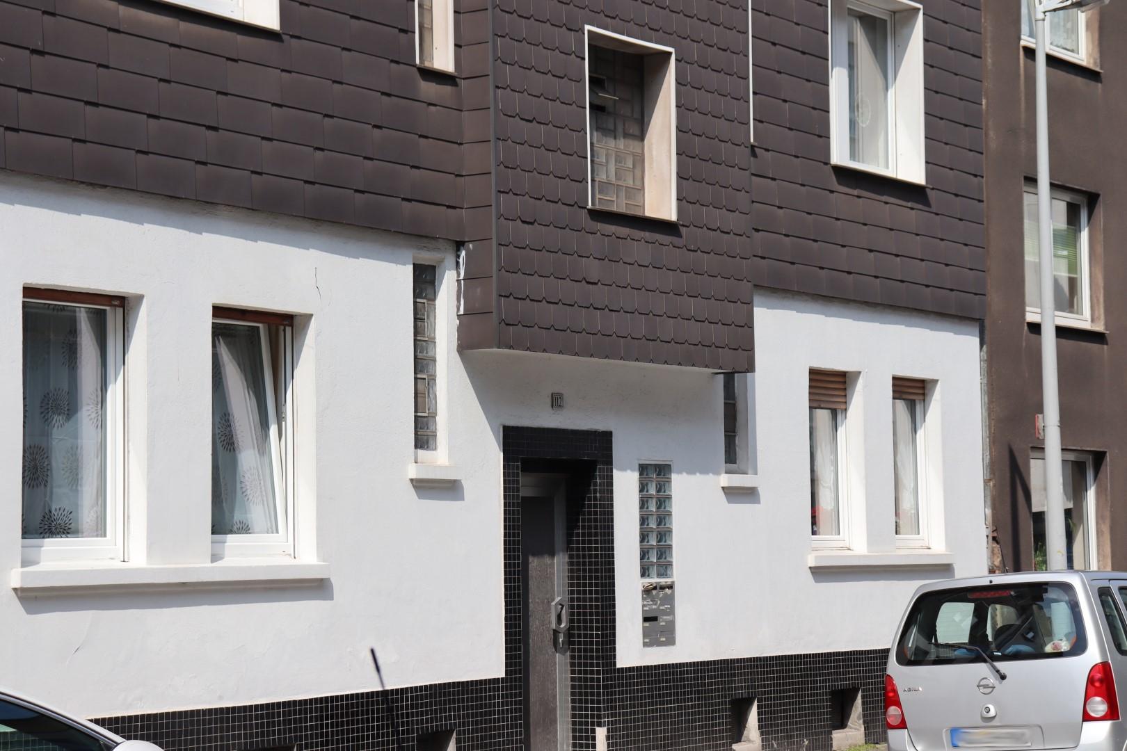 Immobilie Nr.334 - MFH mit acht Wohnungen - Bild main.jpg
