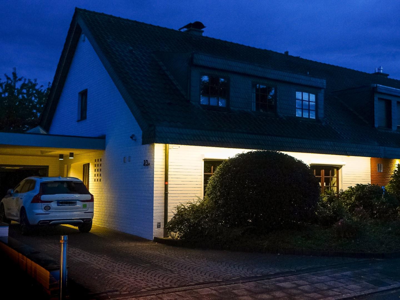 Immobilie Nr.0356 - DHH linksbündig mit Lang-Garage, Carport, Ausbaureserve.  - Bild 3.jpg