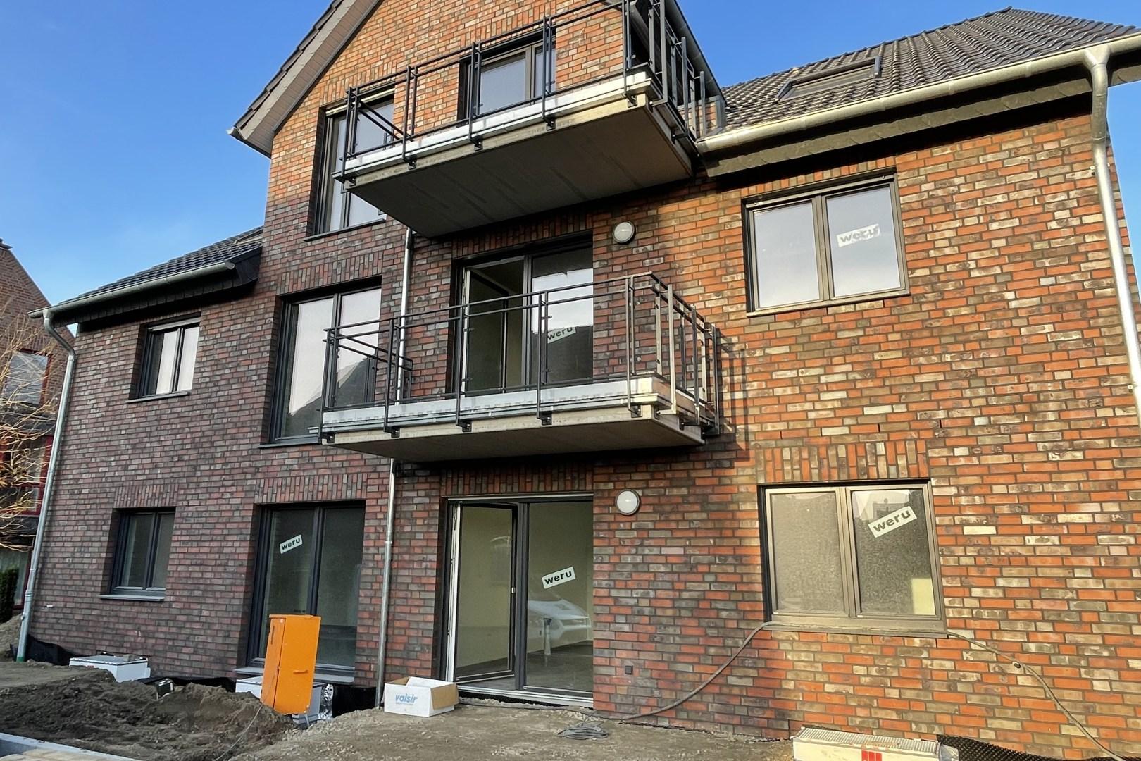 Immobilie Nr.0361a - Neubau: 3-Raum-Wohnung mit Balkon und 2 Außenstellplätzen - Bild 2.jpg