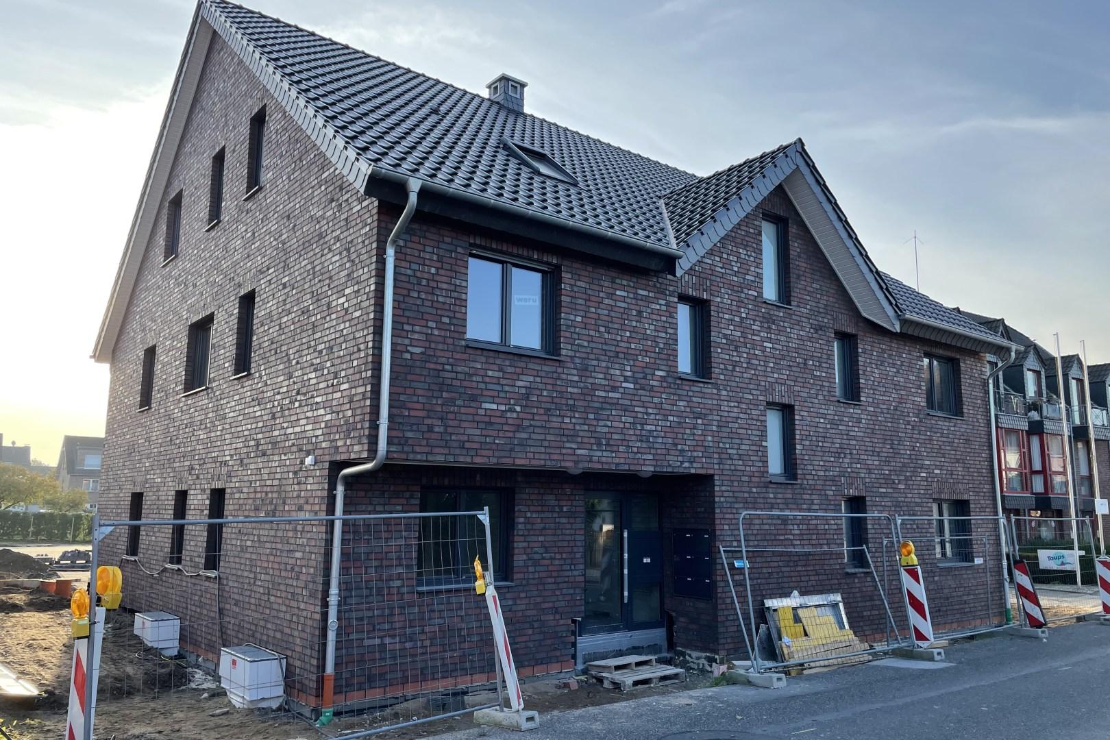 Immobilie Nr.0361a - Neubau: 3-Raum-Wohnung mit Balkon und 2 Außenstellplätzen - Bild main.jpg