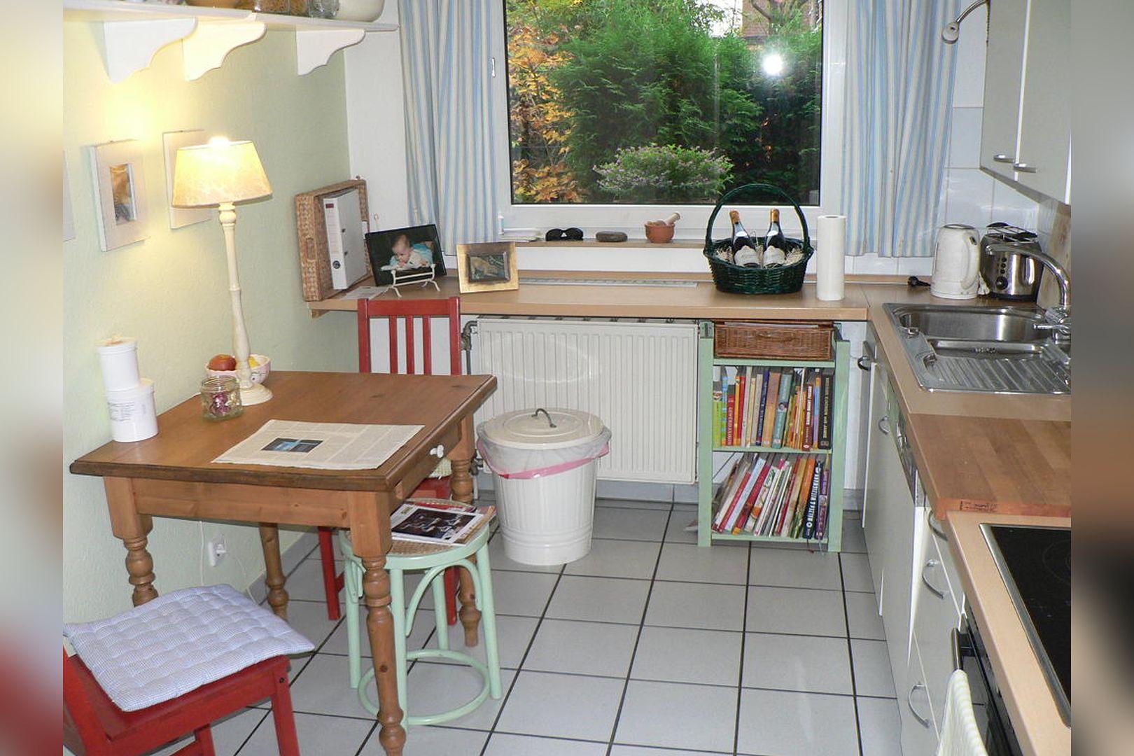 Immobilie Nr.0261 - Reihenmittelhaus mit Garten, Garage u. Stellpl. - Bild 12.jpg