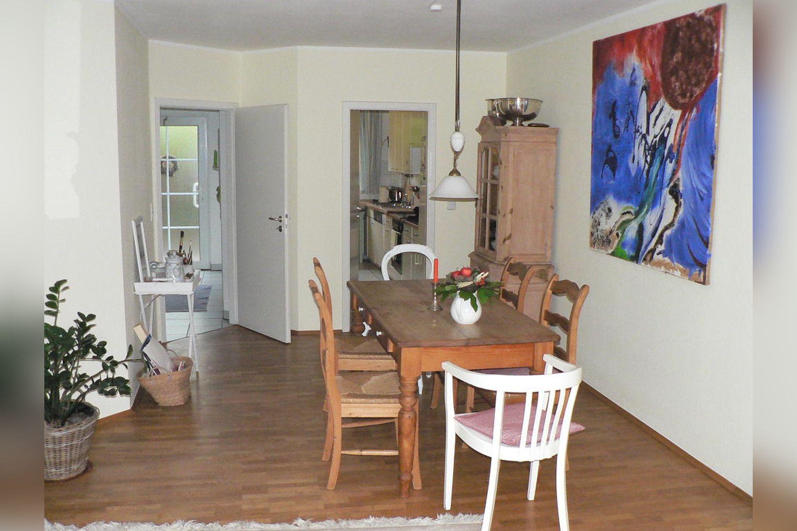 Immobilie Nr.0261 - Reihenmittelhaus mit Garten, Garage u. Stellpl. - Bild 4.jpg