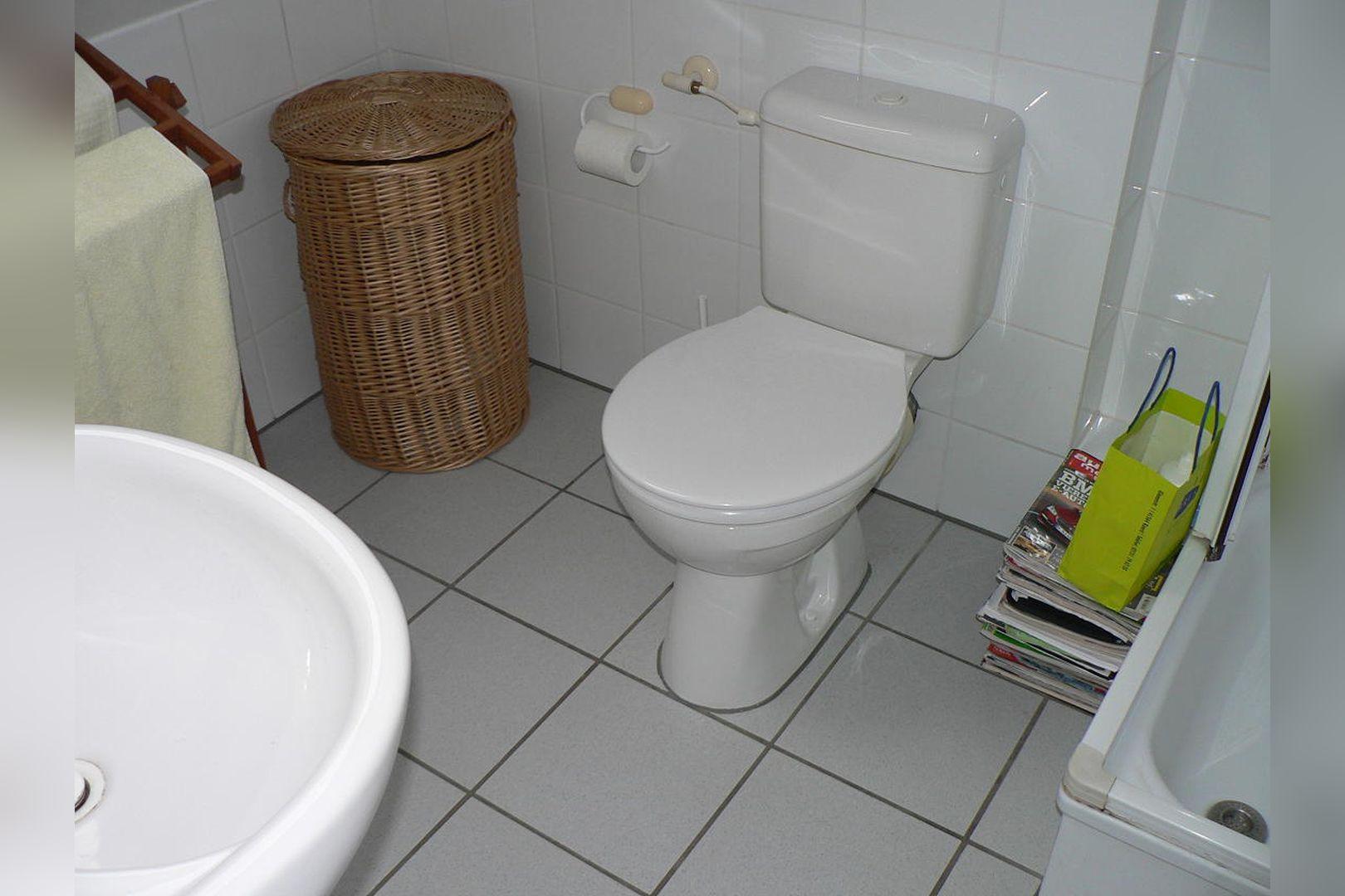 Immobilie Nr.0261 - Reihenmittelhaus mit Garten, Garage u. Stellpl. - Bild 9.jpg