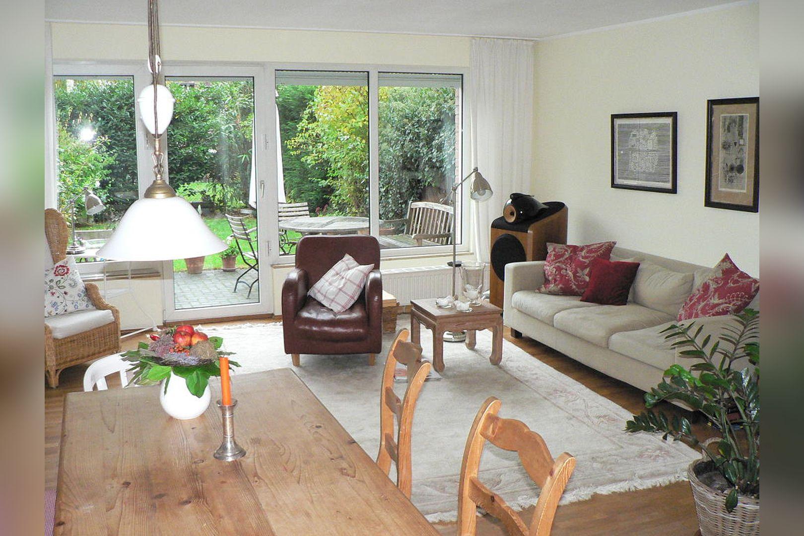Immobilie Nr.0261 - Reihenmittelhaus mit Garten, Garage u. Stellpl. - Bild main.jpg