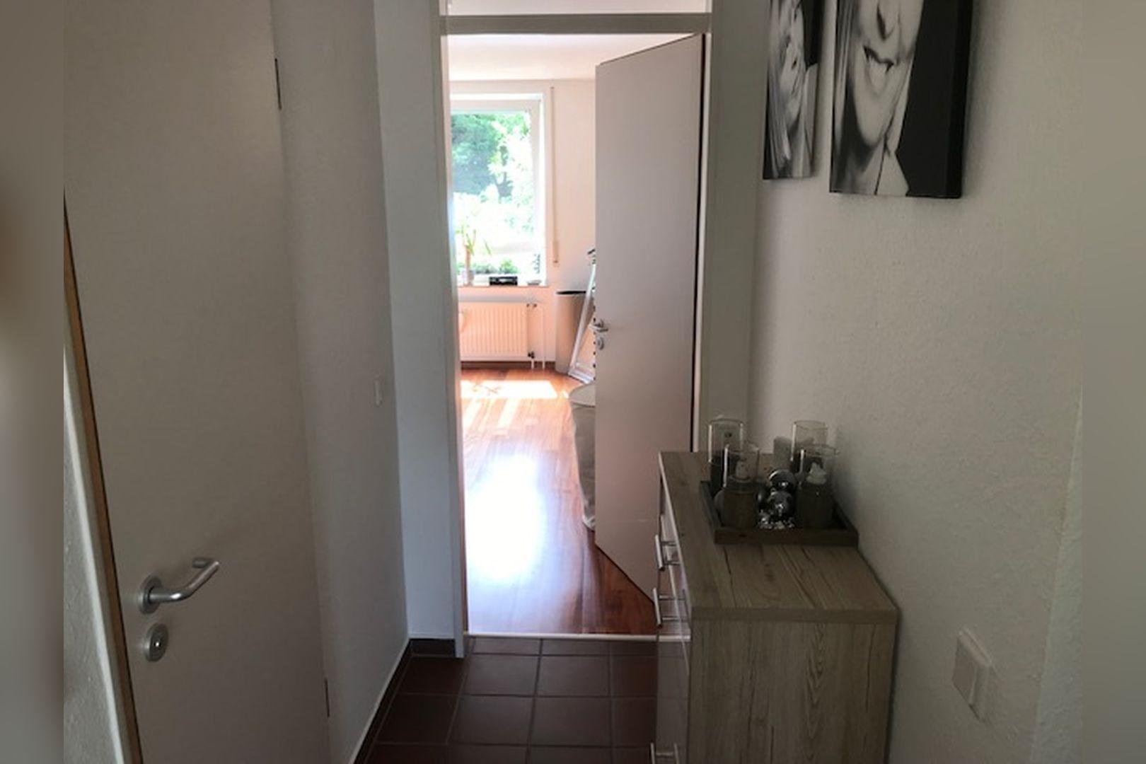 Immobilie Nr.0264 - großzügige Vier-Raum-Wohnung mit Riesenkellerraum für Hobby etc. - Bild 10.jpg