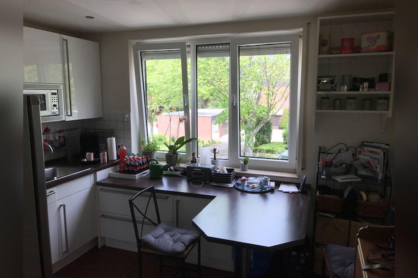 Immobilie Nr.0264 - großzügige Vier-Raum-Wohnung mit Riesenkellerraum für Hobby etc. - Bild 12.jpg