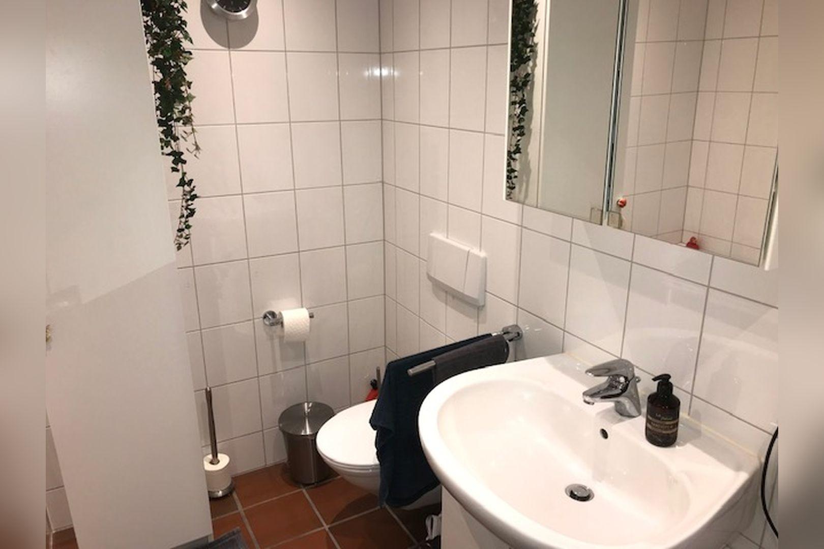 Immobilie Nr.0264 - großzügige Vier-Raum-Wohnung mit Riesenkellerraum für Hobby etc. - Bild 13.jpg