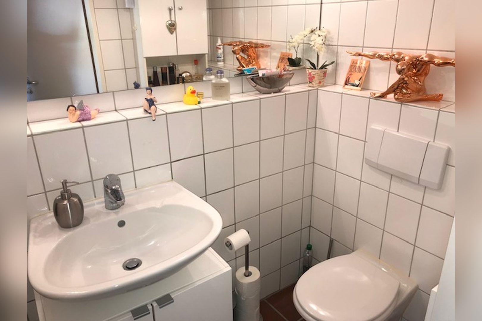 Immobilie Nr.0264 - großzügige Vier-Raum-Wohnung mit Riesenkellerraum für Hobby etc. - Bild 14.jpg