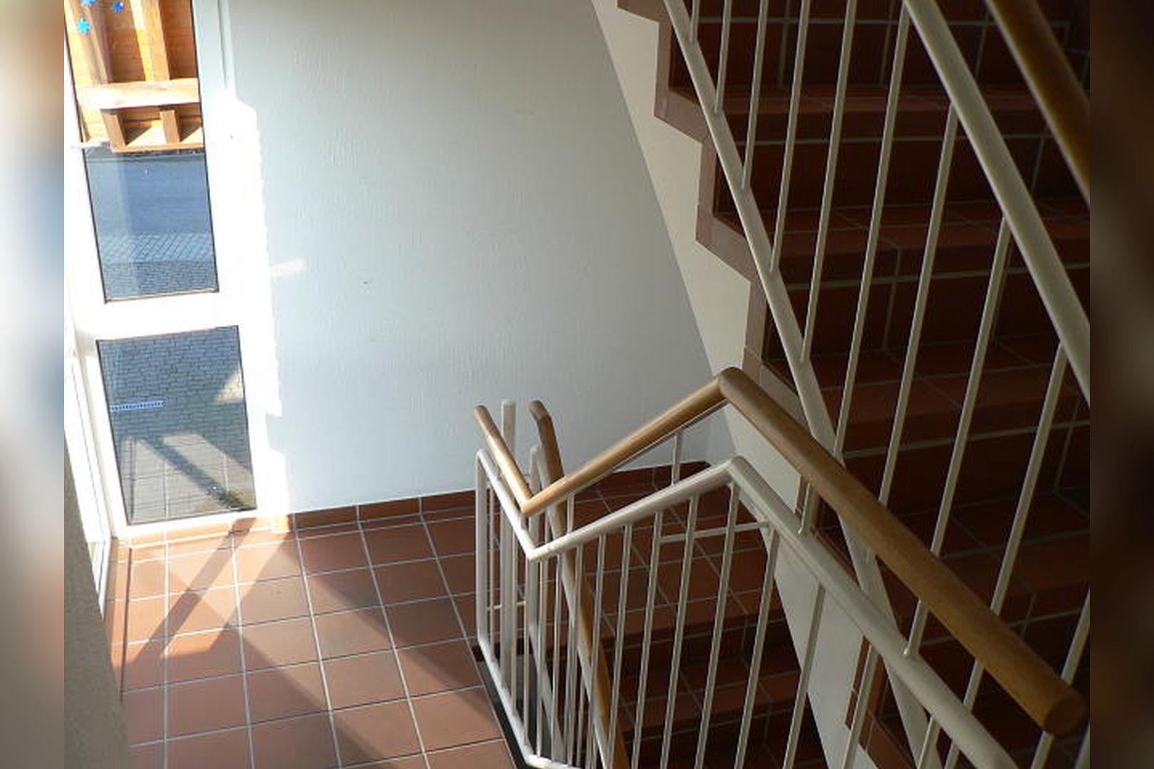 Immobilie Nr.0264 - großzügige Vier-Raum-Wohnung mit Riesenkellerraum für Hobby etc. - Bild 16.jpg