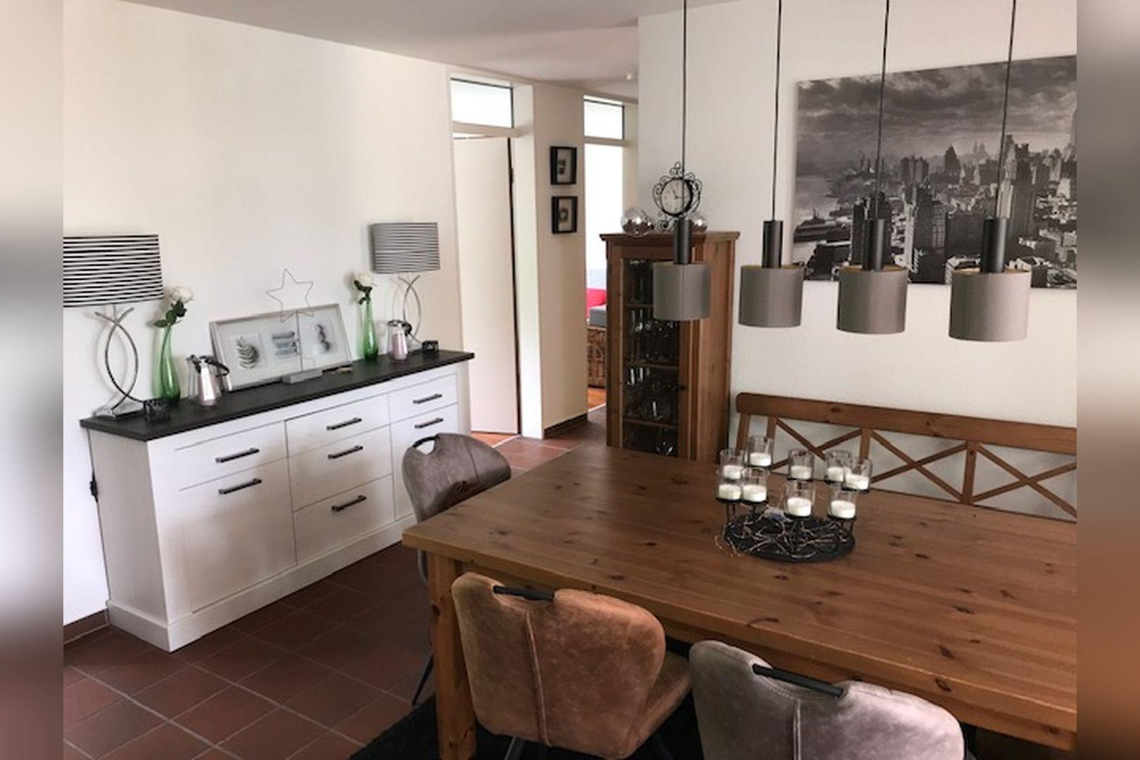Immobilie Nr.0264 - großzügige Vier-Raum-Wohnung mit Riesenkellerraum für Hobby etc. - Bild 5.jpg